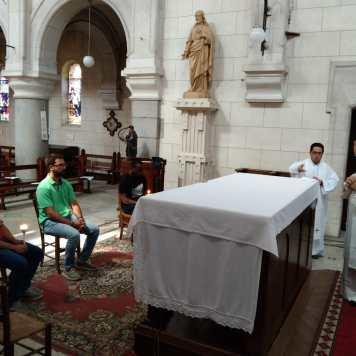 Eucaristía en la parroquia bautismal de Vicente de Paúl