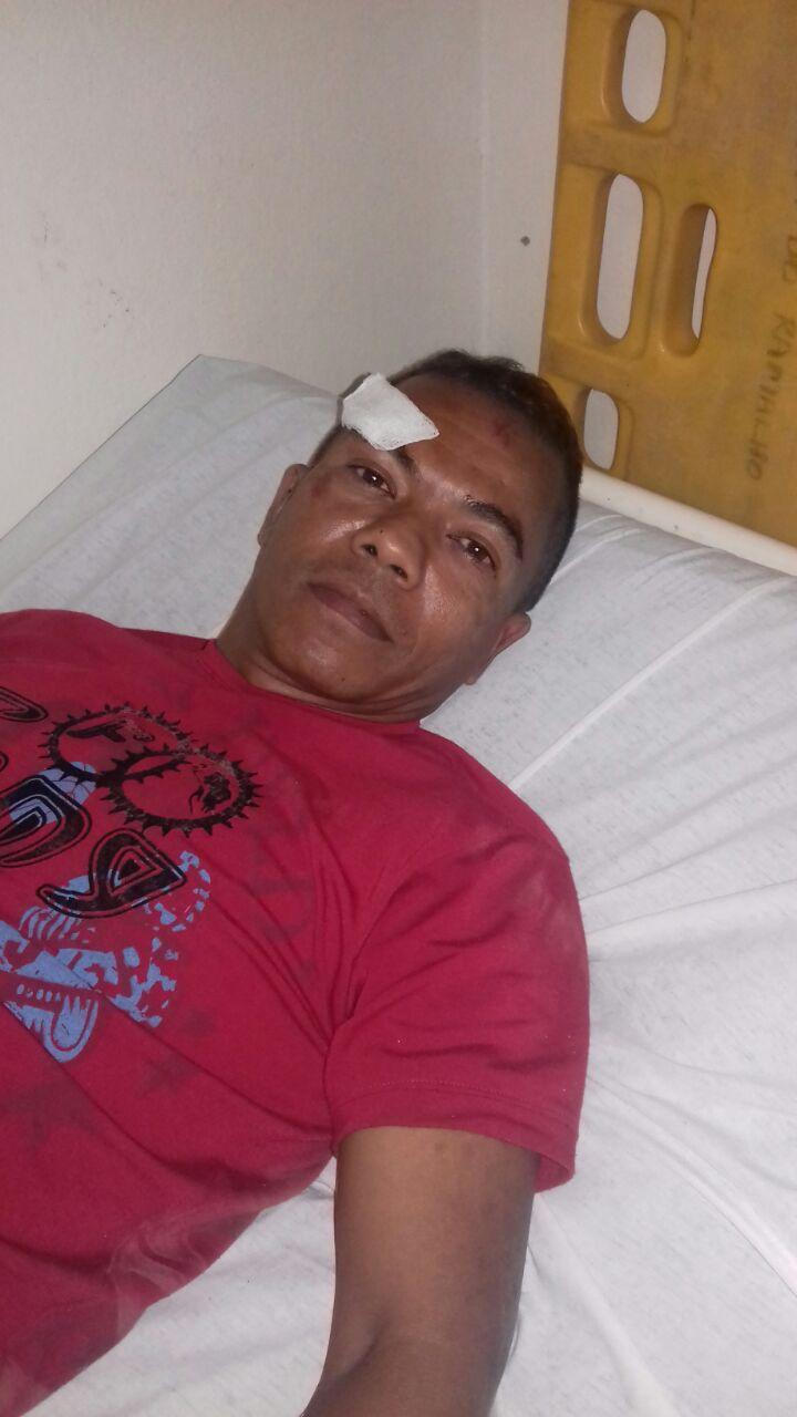 Colisão entre motocicletas na Avenida Sul em Serra do Ramalho deixa feridos.