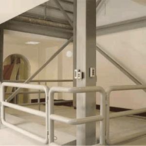 elevador-de-carga-montacarga-serretecno