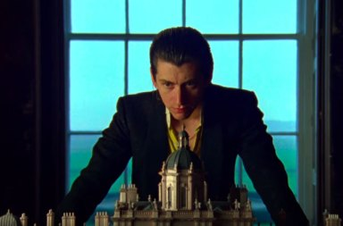 Arctic Monkeys Albümünden 'Four Out of Five' Parçasına Klip Geldi