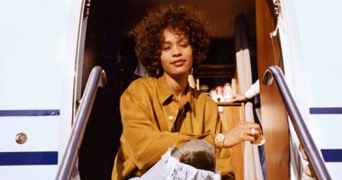 Whitney Houston Belgeseli Whitney'den Yepyeni Fragman