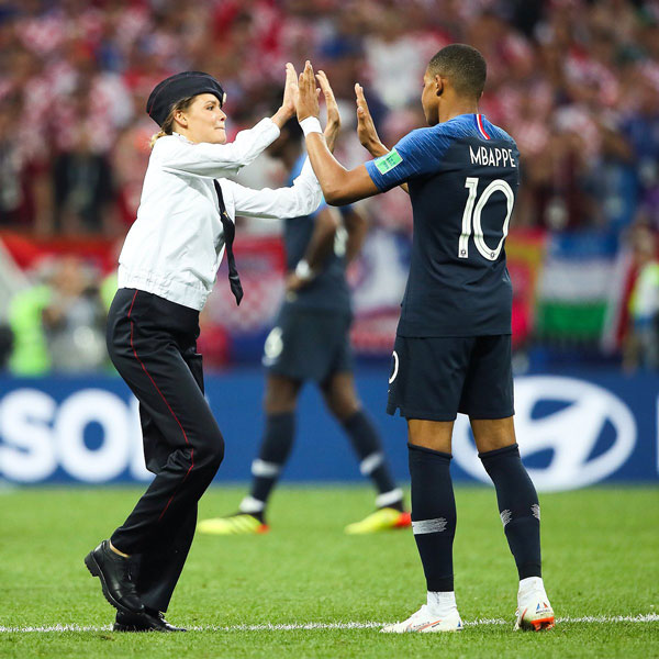 Pussy Riot world cup 2018 France Mbappe