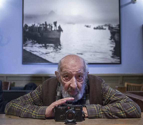 (Turkish) Leica Foto Muhabir Ara Güler'i Unutmadı - Ara Güler Haberleri