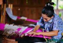 Tenun tradisional Sumba