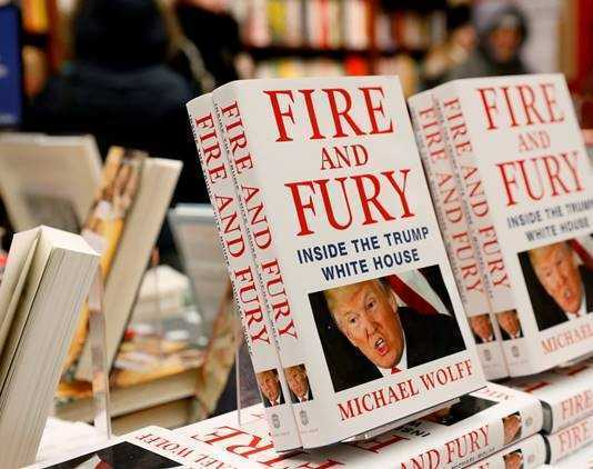 "Buku ""Fire and Fury"""