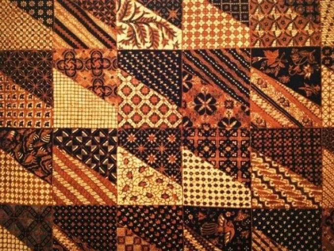 45 Motif Batik Khas Indonesia Yang Wajib Banget Kamu Ketahui