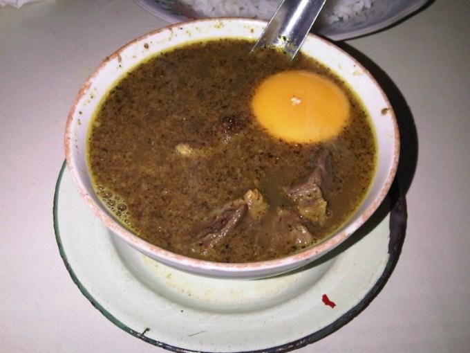 makanan khas makassar