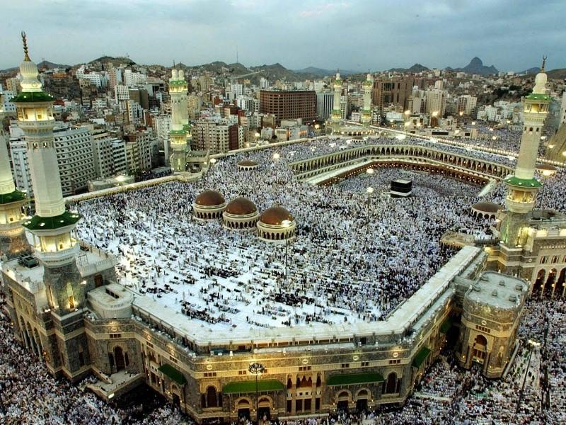 Perpaduan Warna Cat Lisplang  22 masjid terindah yang akan membuatmu terkagum kagum