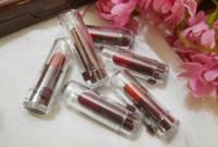 Tester Lipstik Bisa Tularkan Virus Herpes?