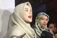 Yakin Rezeki Tak Akan Tertukar, Cut Meyriska Mantap Hijrah