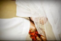 Mana yang Harus Didahulukan, Mematuhi Suami atau Orangtua?