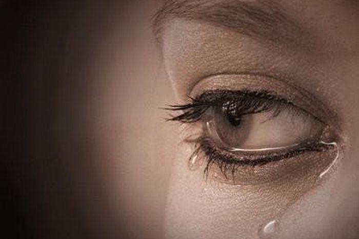 60 Kata Kata Sedih Menyentuh Hati Wanita Seruni Id
