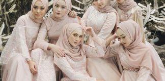 10 Inspirasi Seragam Bridesmaid yang Elegan dan Anggun