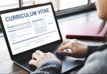 Buat Curriculum Vitae Lebih Menarik dengan 8 Tips Ini!
