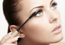 Tips Memakai Maskara Agar Hasil Akhir Makeup Lebih Maksimal