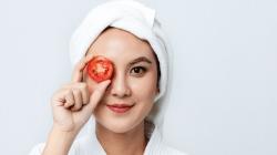 11 Manfaat Masker Tomat dan Cara Membuatnya!