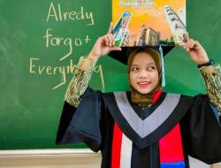 Kisah Anak Sopir Angkot, Balas Hinaan Tetangga dengan Prestasi
