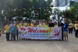 Vietnamese seminarians and postulants gather for sports fun.