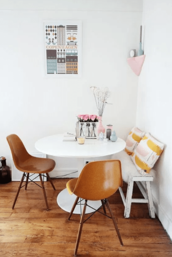 Breakfast Nook for Small Spaces by pinterest