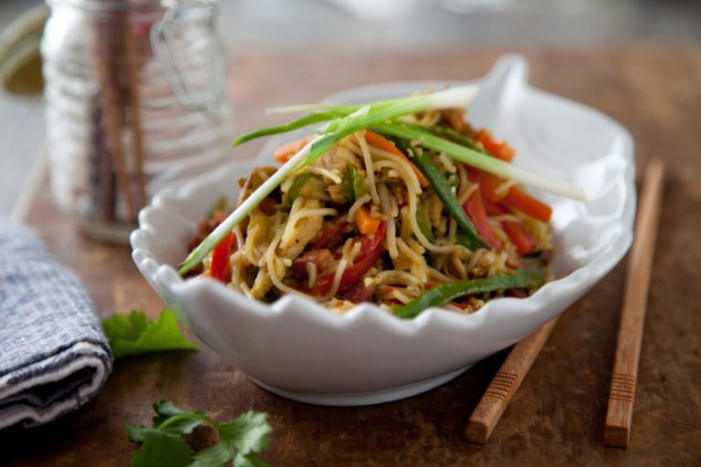 Singapore style Chicken Noodles