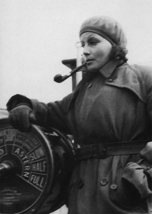 Greta Garbo steering boat smoking pipe www.servetolead.org
