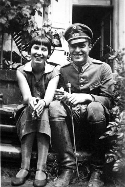 Claus and Nina von Stauffenberg candid smiling at www.servetolead.org
