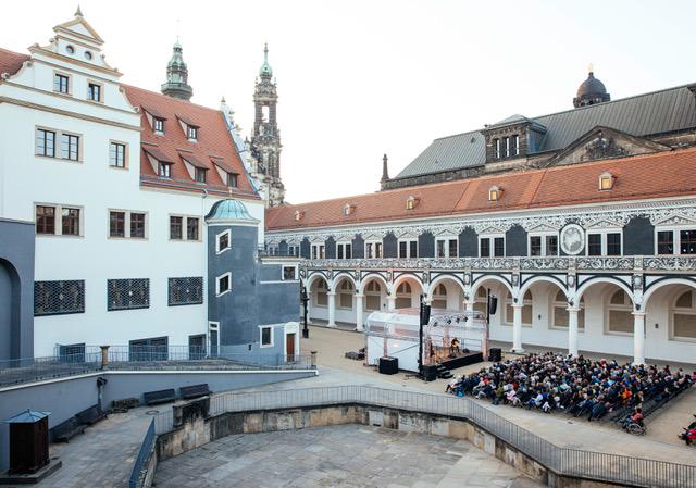 Konzert der Dresdner Musikfestspiele dem David - Orlowsky - Trio am 25.05.2019 im Stallhof in Dresden . Foto: Oliver Killig