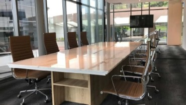 coworking space serviced office meeting room