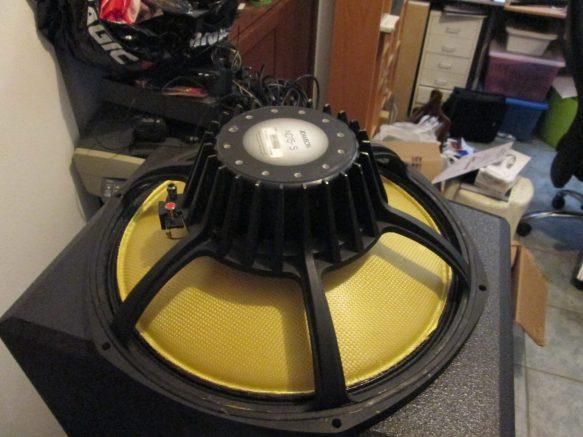 Επιδιόρθωση ηχείου speaker adamson piont 115