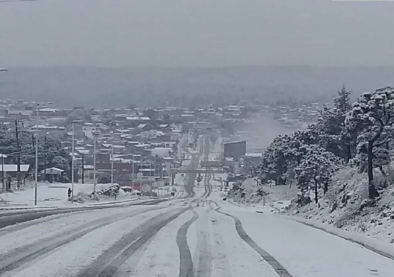 Condiciones invernales se presentan los primeros días del año
