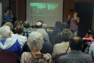 Carmen nos muestra la aplicación AudescMobile, para audiodescripción de películas.