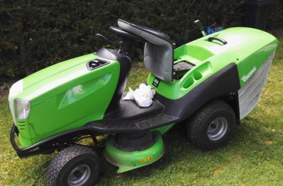 Pièces détachées d'origine ou adaptables, accessoires et consommables pour tracteurs tondeuses viking. Tracteur Tondeuses Viking Marche Fr