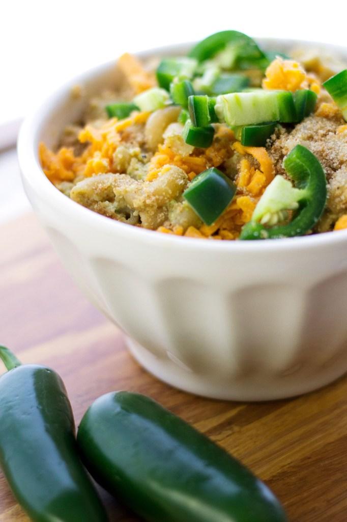 vegan jalapeno mac and cheese