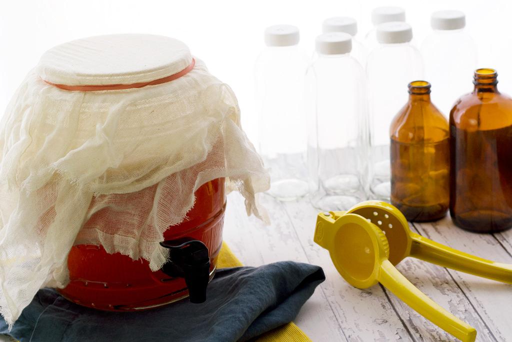 bottling and flavoring kombucha at home