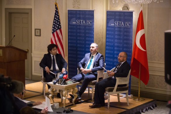 SETA D.C. Hosts Panel on Turkey's Presidential System Referendum