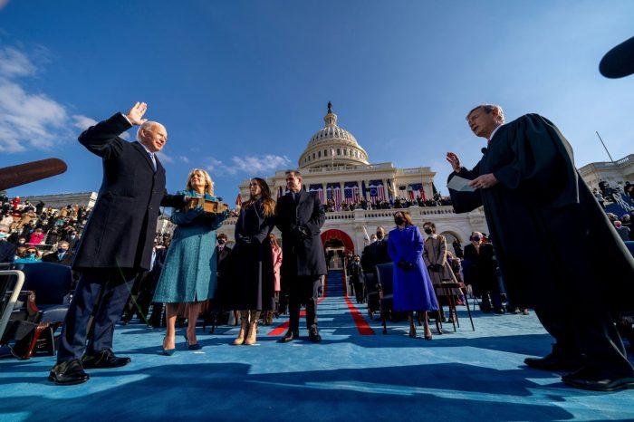 Polarization, economic crisis, impeachment: What's next in US?
