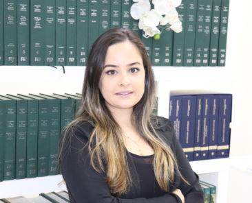 Isabela Maria Cunha Teixeira