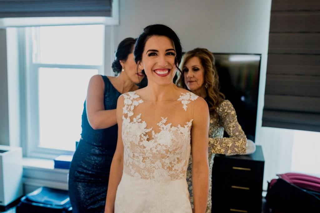 bride getting ready at columbus ohio westin wedding