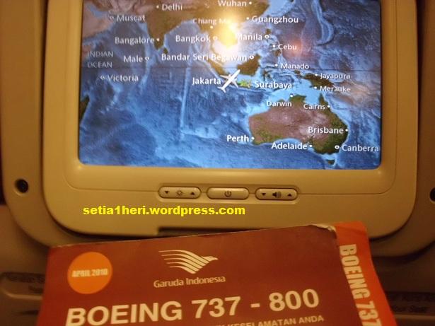 layar monitor pesawat garuda