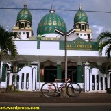 masjid al-ikhlas benjeng