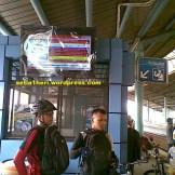 tv lcd layar infomrasi kereta api