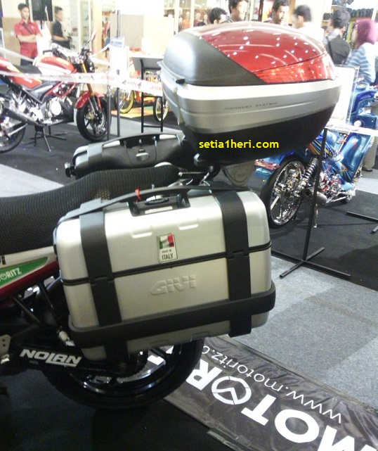 side box yamaha byson