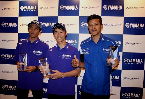 Sigit PD - Imanuel Pratna - Rey Ratukore rider Yamaha Indonesia peraih Yamaha Rider Award 2015