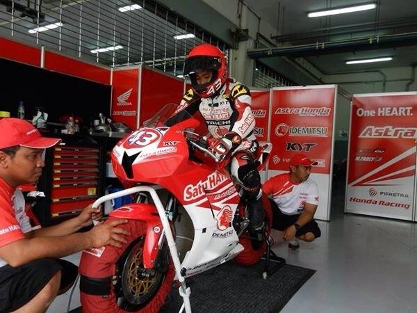M. Fadli Imammudin (#43), pebalap berbakat binaan AHM siap bertanding di ARRC kelas Supersport 600cc