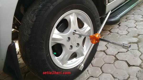 kunci palang mobil merk Hioshi tahun 2015 (2)