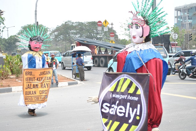 kampanye safety riding dalam balutan budaya betawi tahun 2015 oleh honda owner club (3)