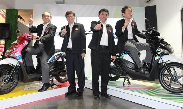 Striping baru 2016 New Honda BeAT POP eSP yakni Cool Pixel dan Comic Hits (1)