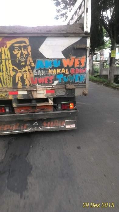 kumpulan tulisan lucu di pantat truk Pantura dan Indonesia tahun 2016~01