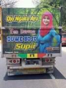 kumpulan tulisan lucu di pantat truk Pantura dan Indonesia tahun 2016~10