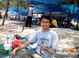 piknik ke pantai pasir putih remen jenu tuban tahun 2015 (3)
